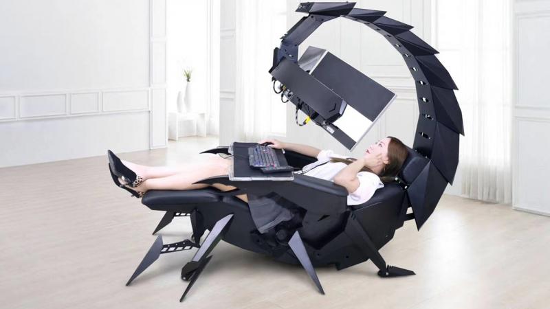 Extravagáns gamer fotel/asztal kombót kínál a Culvens