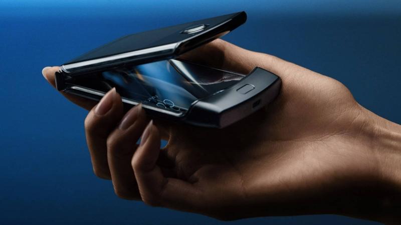 A Motorola Razr sem ússza meg a kijelzőhibákat