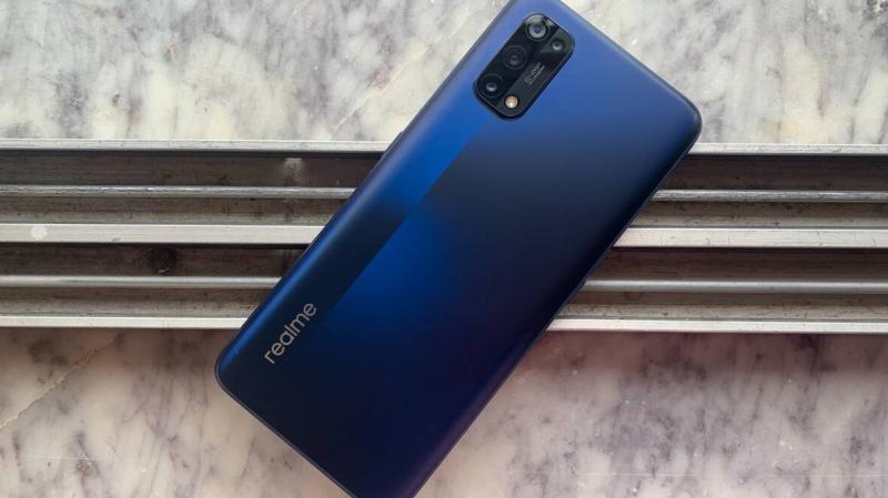 Nyugatra is befutott végre a Realme 7 Pro